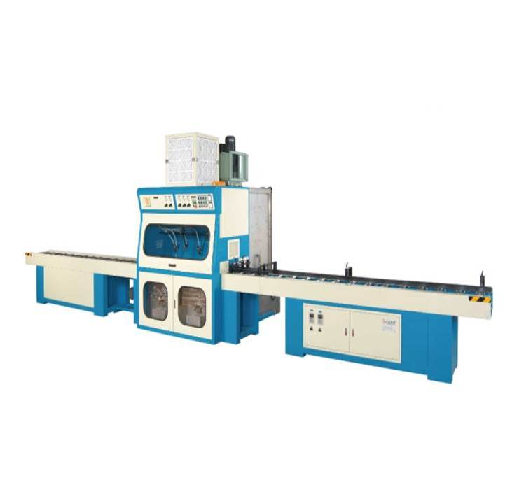 Moulding Spraying Machine