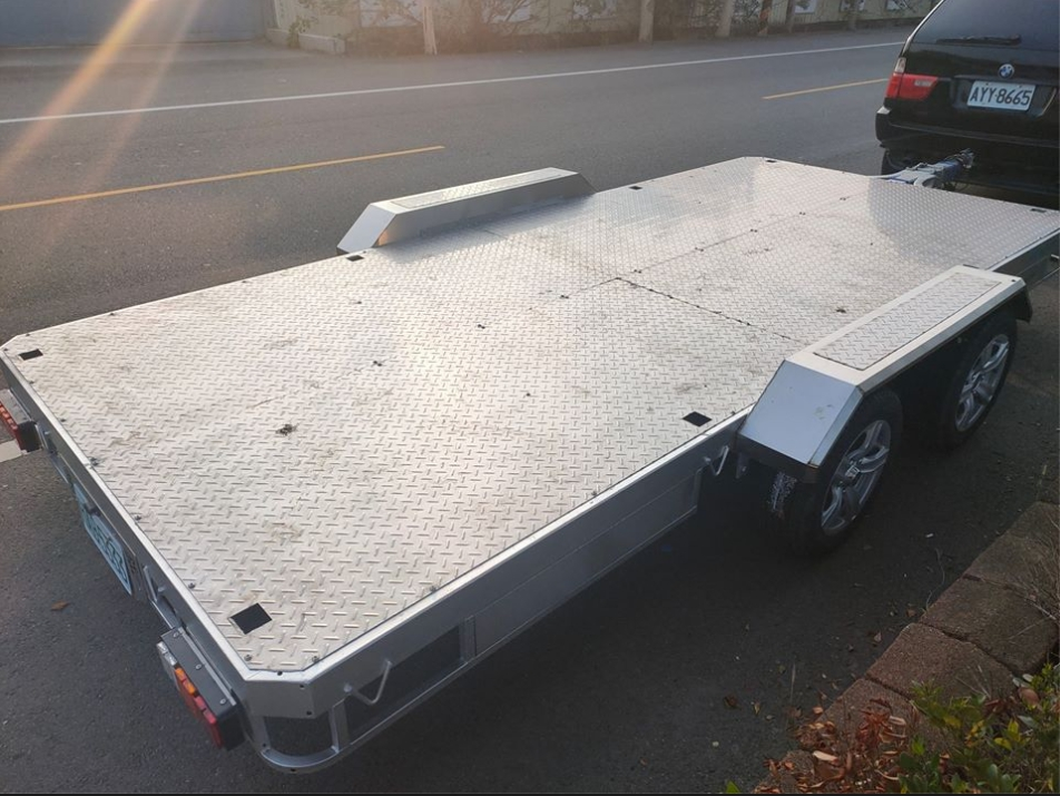 低底盤雙軸拖車