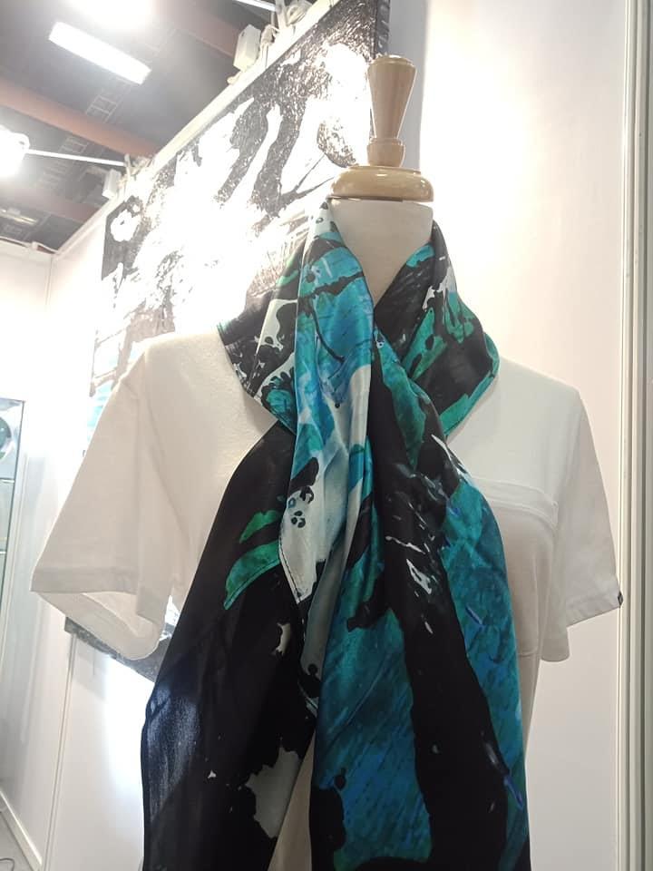 純蠶絲絲巾