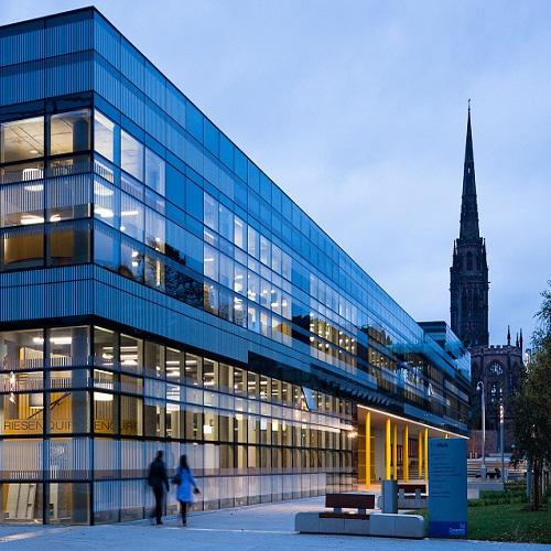 英國考文垂大學