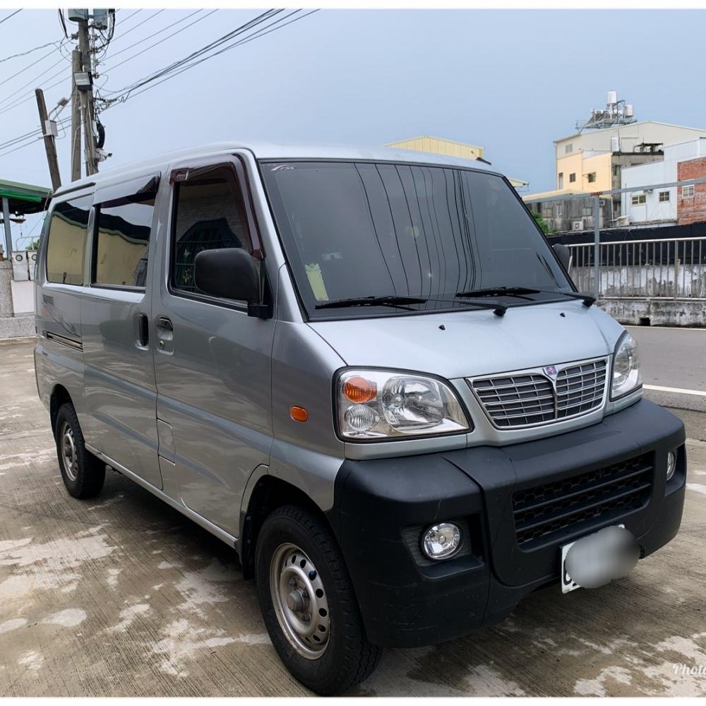 2011年 中華凌利 1.3L引擎 5人座 廂車(成交)