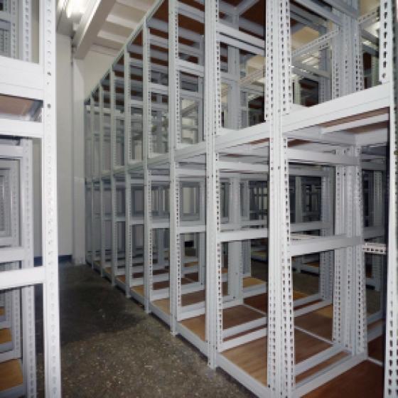 多折角立柱特製玻璃架