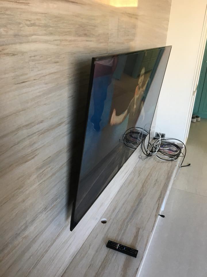 大尺吋電視壁掛安裝施工