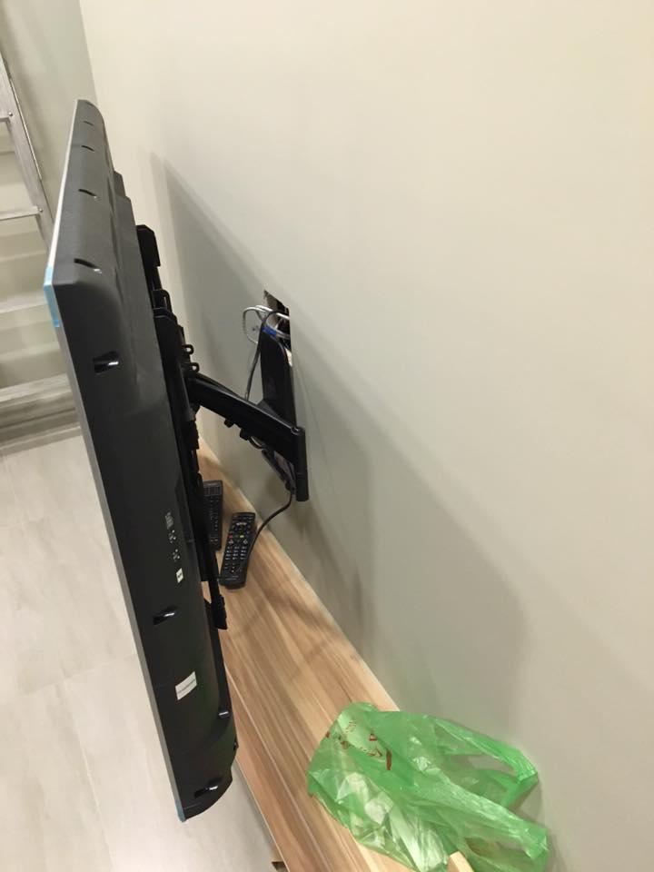 手臂式壁掛安裝施工