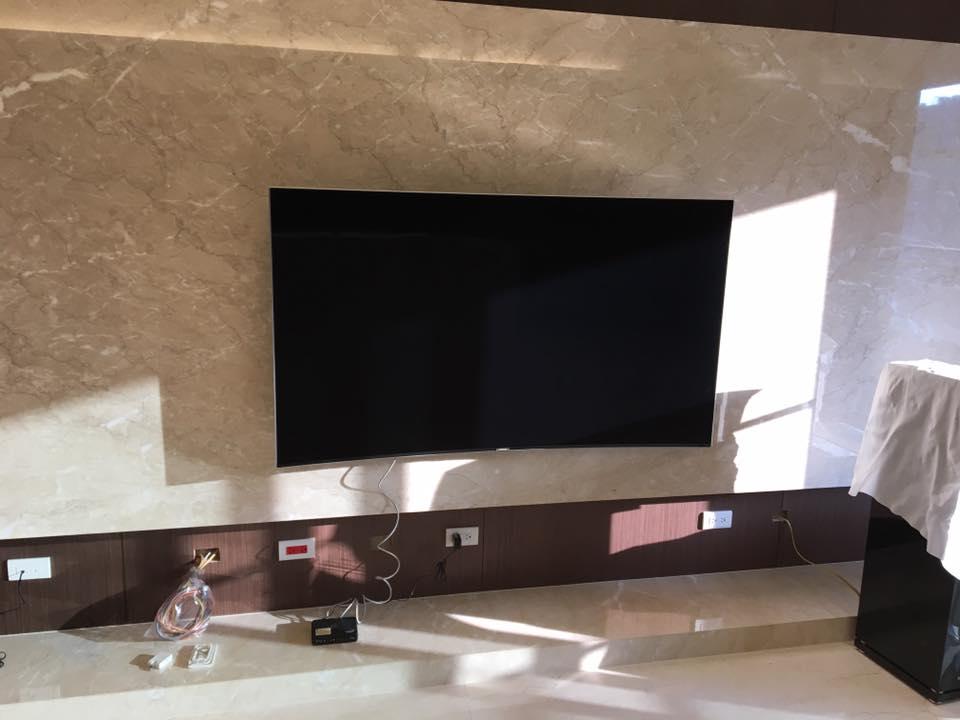曲面液晶電視壁掛安裝
