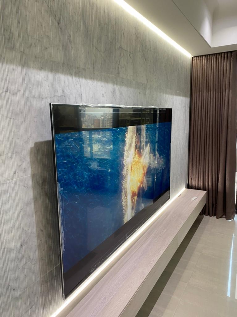 特殊磁磚牆面壁掛安裝施工鑽孔