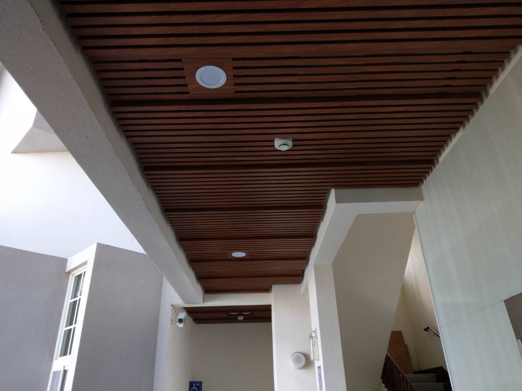 金屬天花板