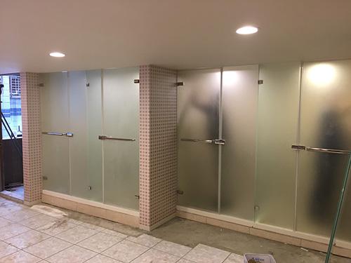 T型無框淋浴門