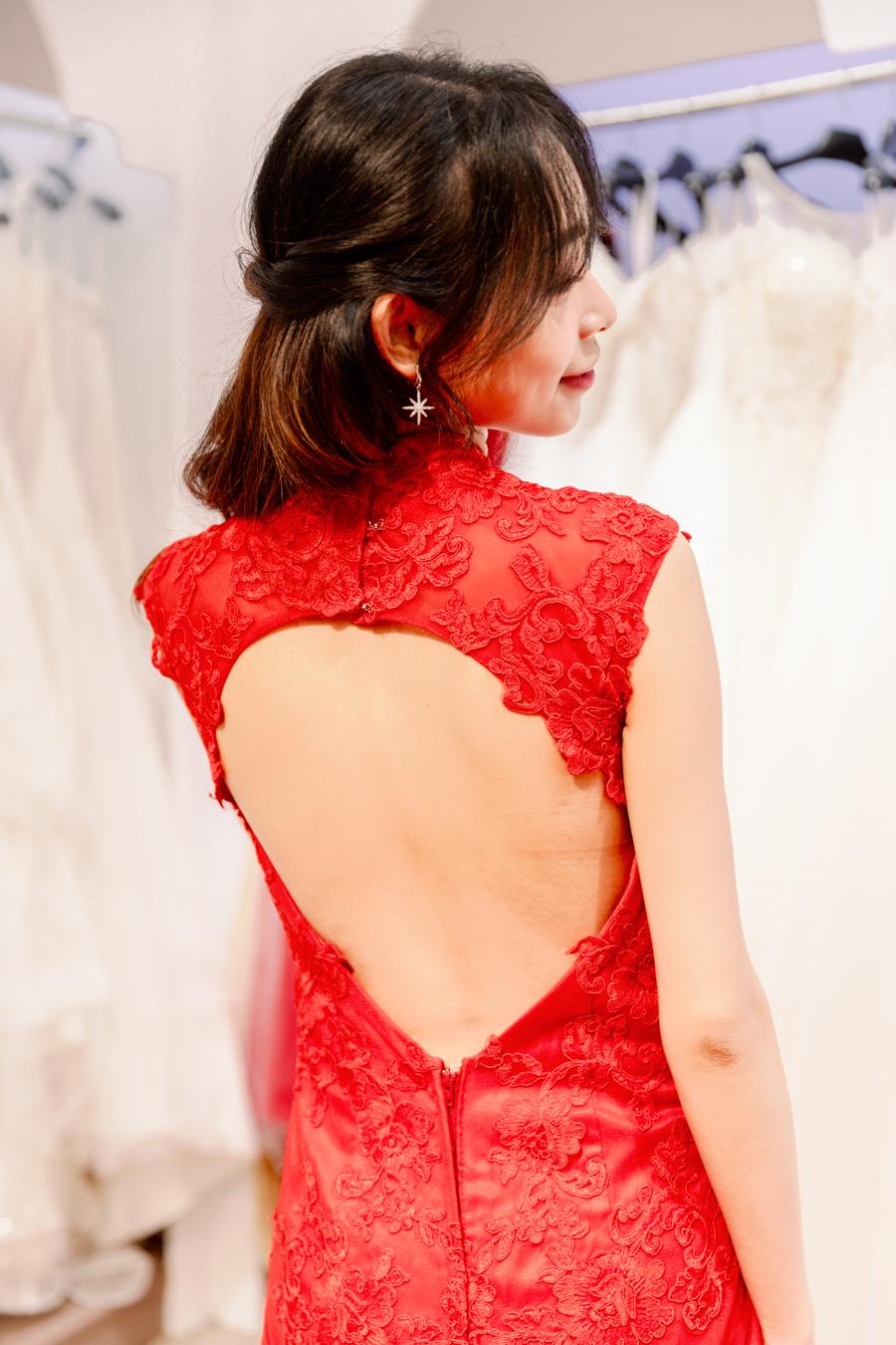 R015類旗袍紅色蕾絲挖背晚禮服