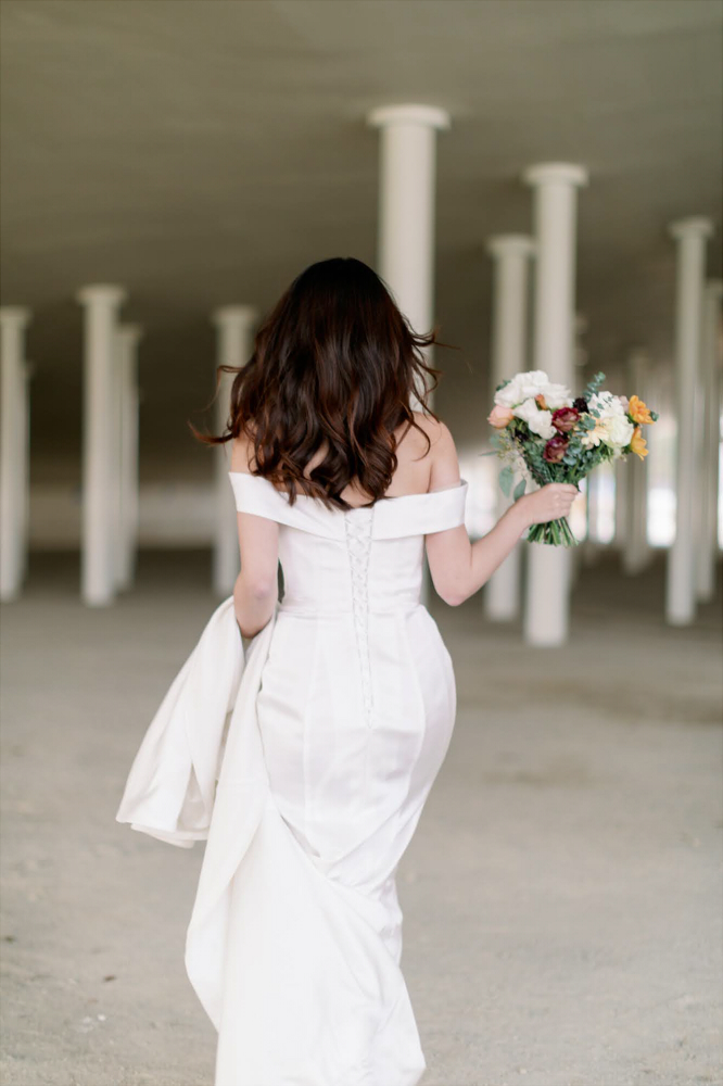 NWF08白色緞面精緻婚紗