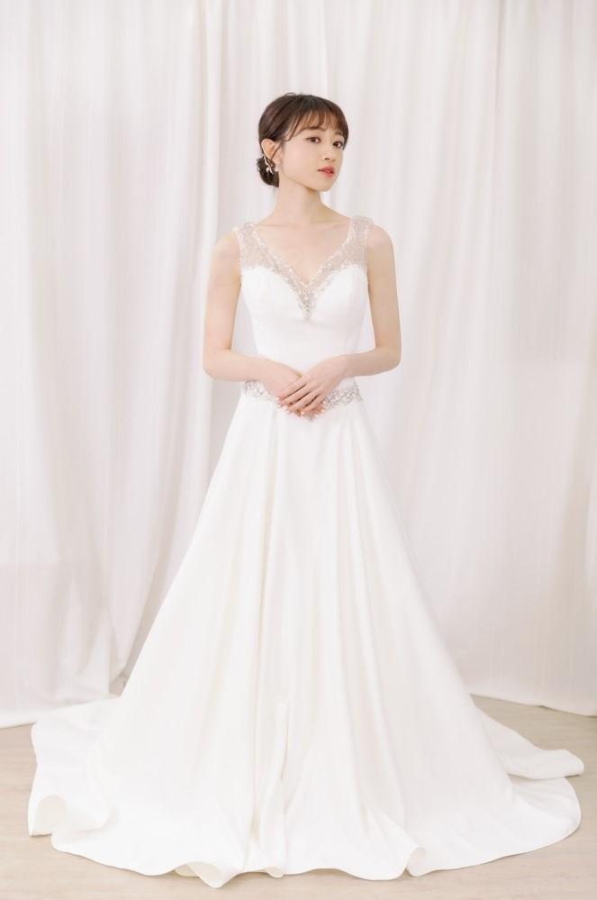 NWA14珠鑽肩帶緞面素雅精緻婚紗