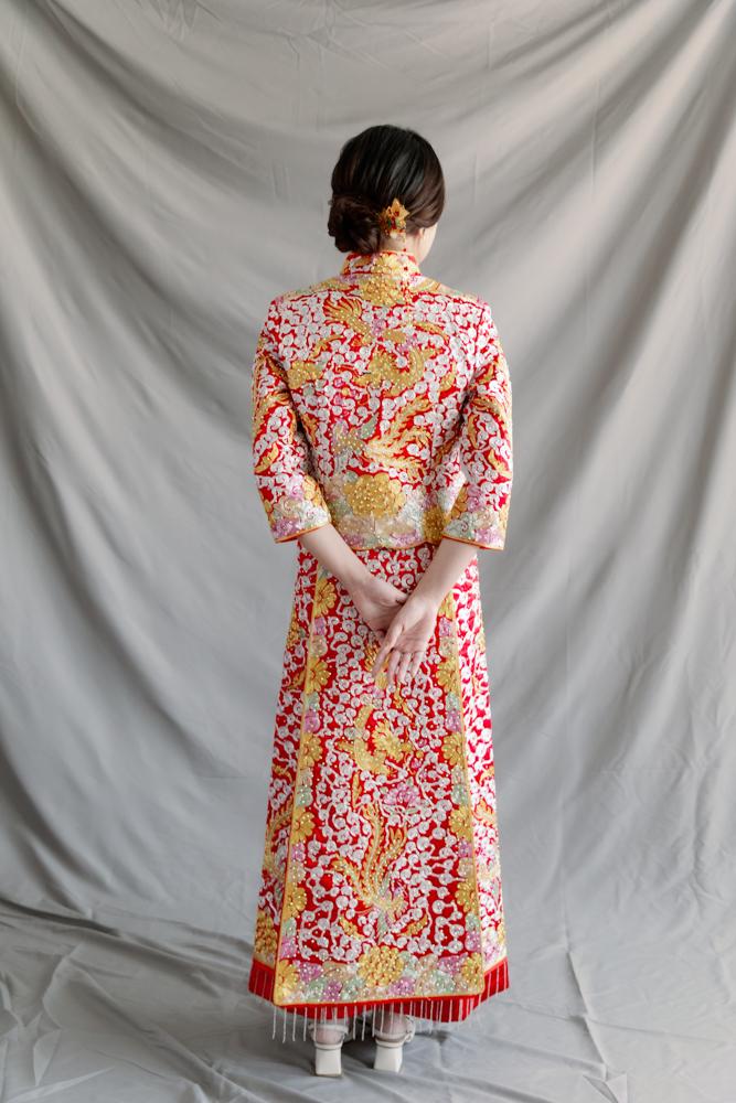 NR13金銀繡線鑲鑽窄裙設計龍鳳褂