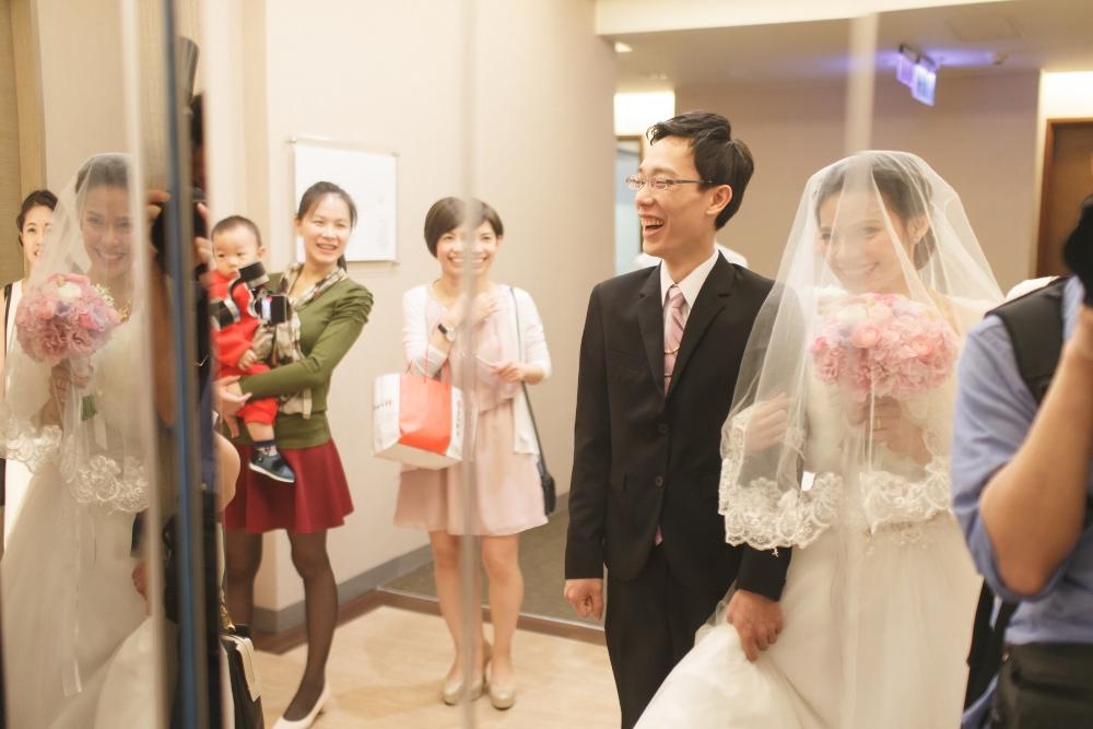 Lee-Uen 迎娶+宴客 台中潮港城