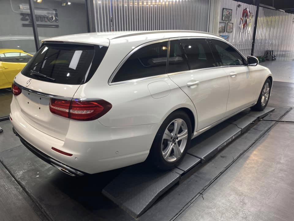 Benz E200 Estate