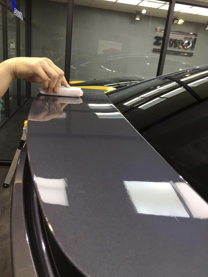 Tesla Model X全車施作HENDLEX 9H奈米陶瓷鍍膜
