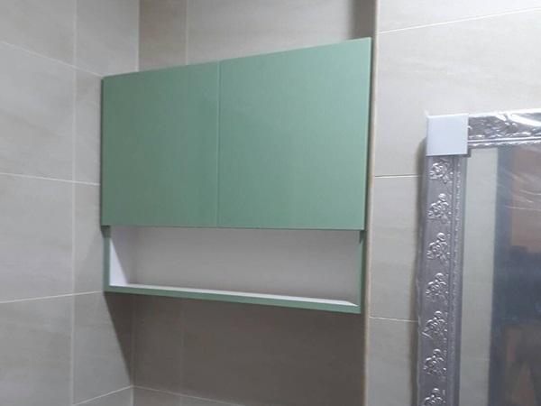 浴室吊櫃01