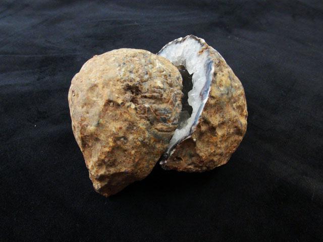 超可愛白水晶雷公蛋