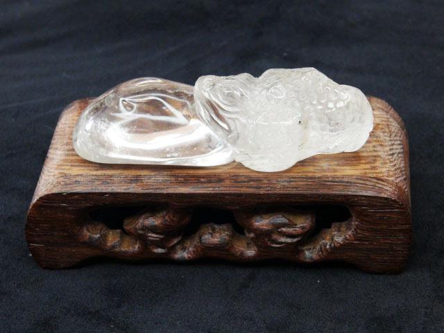 白水晶金蟾蜍藝品(含座)