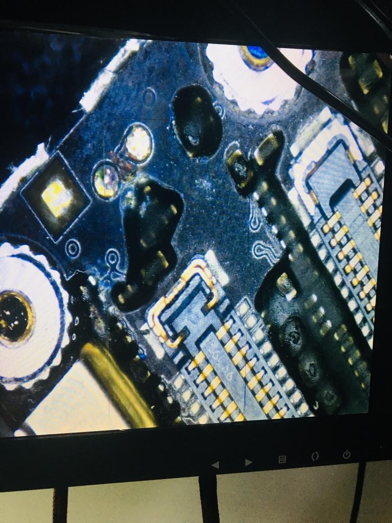 IPHONE 機板維修