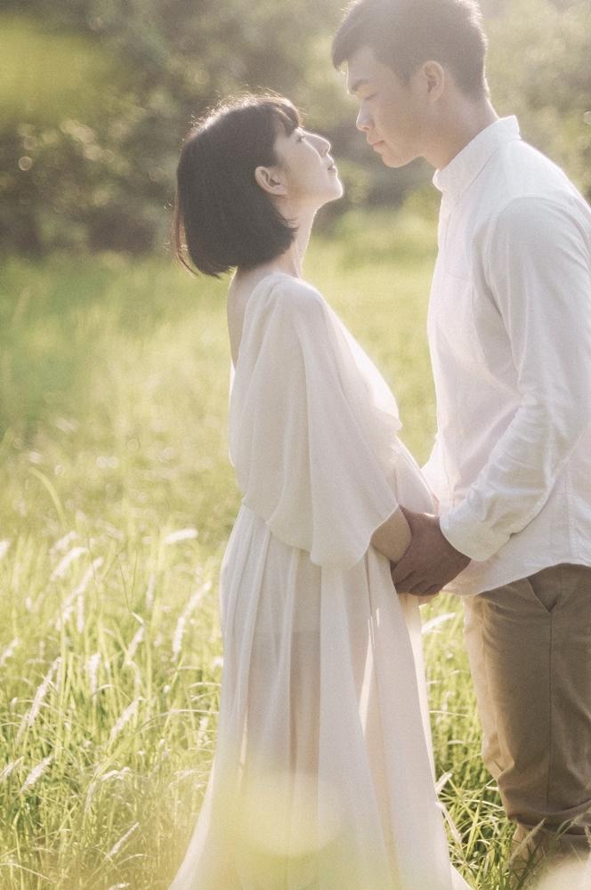 2021 pregnant|孕媽咪雙人寫真|草地逆光