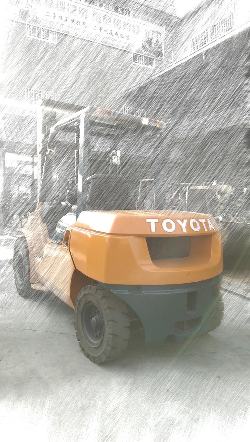 TOYOTA 第七代 4.0噸 4米柴油堆高機