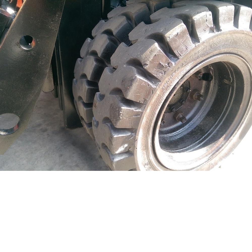 TOYOTA 第五代 3.0噸 柴油四米翻牙堆高機