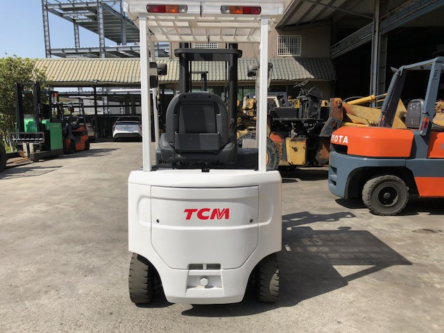 TCM 1.5噸 電動堆高機